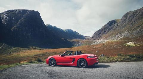 The new Porsche 718 T – reduced to maximum driving pleasure